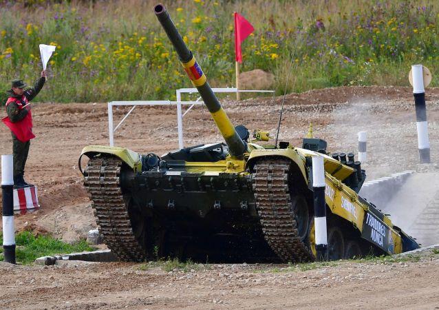 Un tanque venezolano participa en el biatlón de tanques de los juegos Army 2019