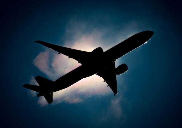 Un avión (archivo)