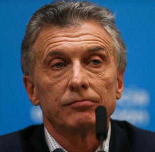El presidente de Argentina, Mauricio Macri, ofrece una conferencia de prensa tras el fracaso del oficialismo en las PASO