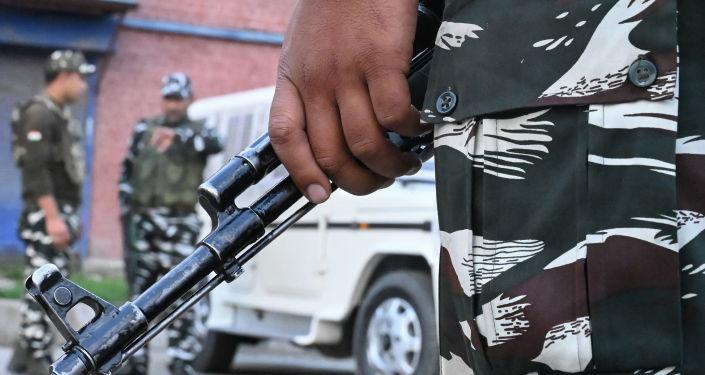 El personal de seguridad en las calles de Srinagar, Cachemira