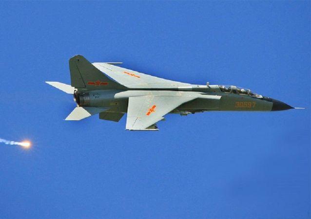 Альт: Xian JH-7A (archivo)