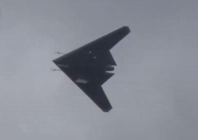 El dron de ataque ruso S-70 Ojotnik