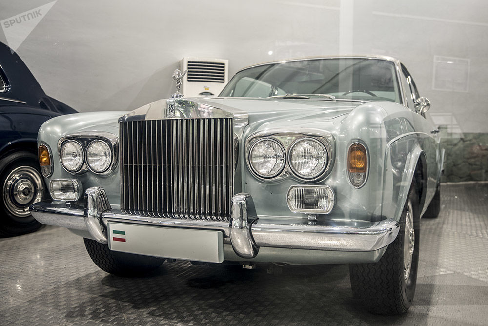 El Museo de Automóviles de la Realeza en Irán