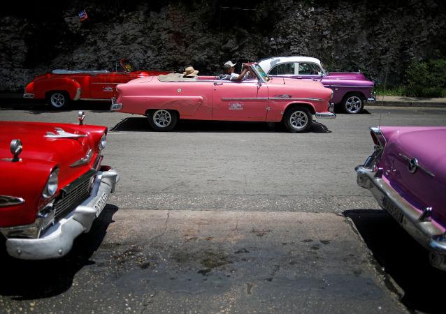 Automóviles en Cuba