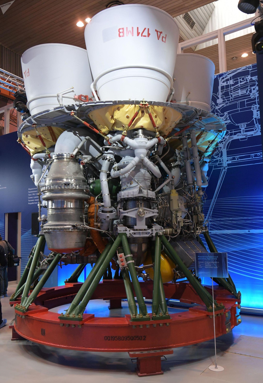 El motor RD-171NV para el cohete Soyuz 5