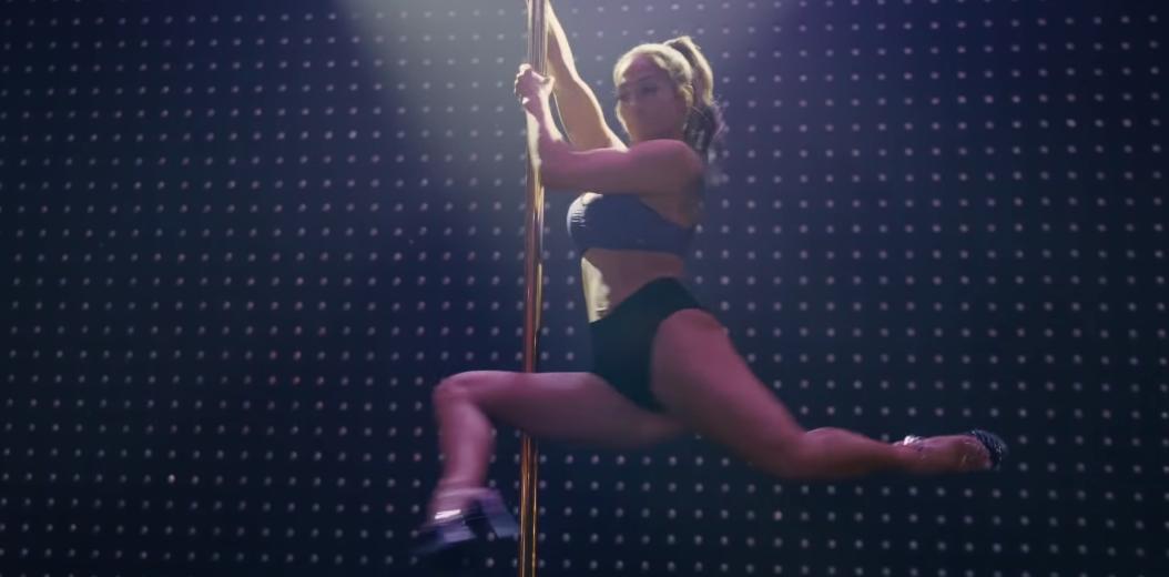 La actriz Jennifer Lopez en el papel de Ramona, en la película Estafadoras de Wall Street