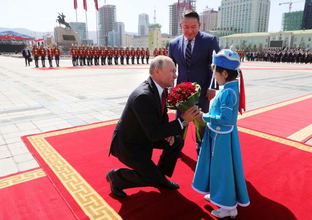 La histórica visita de Putin a Mongolia