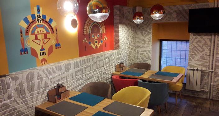En el interior del restaurante 'Lima'