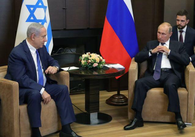El primer ministro israelí, Benjamín Netanyahu, y el presidente ruso, Vladímir Putin