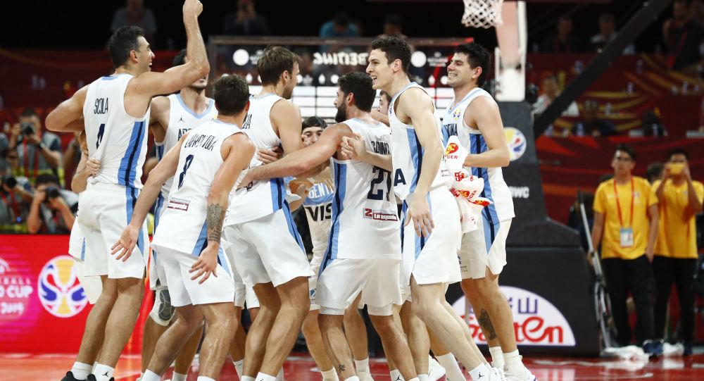 El equipo de Argentina en la final de la Copa Mundial de baloncesto de China 2019