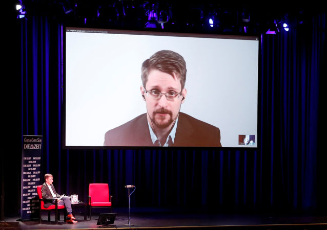 Edward Snowden habla sobre su libro 'Permanent Record' a traves de un vídeo