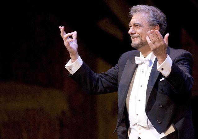 El tenor español Plácido Domingo en la Ópera Metropolitana de Nueva York