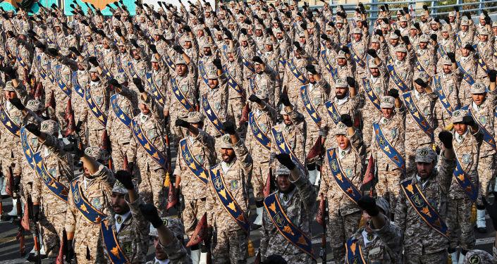 Desfile militar de la Guardia Revolucionaria de Irán