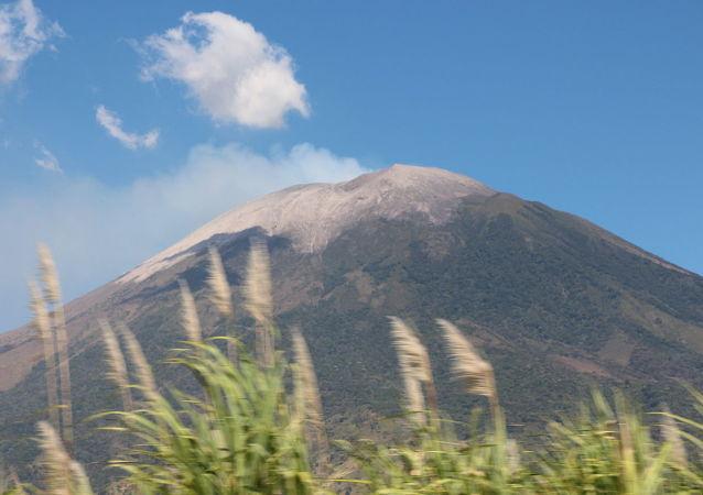 Volcán San Miguel en El Salvador