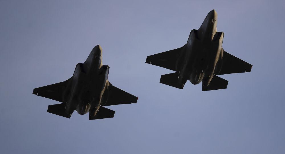 Lockheed Martin F-35 Lightning II (caza polivalente monoplaza de quinta generación USA ) - Página 27 1088866367