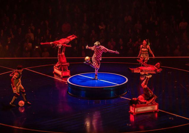 'Messi10' del Cirque du Soleil