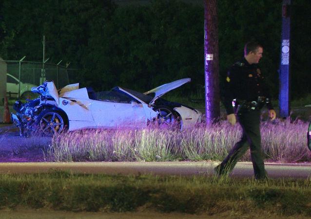 El vehículo del boxeador estadounidense Errol Spence Jr., tras un accidente automovilístico