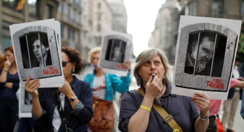 Los manifestantes en las calles de Barcelona, España