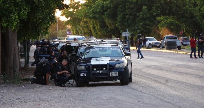 Imágenes sobre los enfrentamientos armados sucedidos el día de  en distintas partes de la ciudad de Culiacán debido a la detención de Ovidio Guzmán