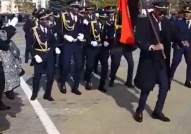 Desfile de pilotos africanos