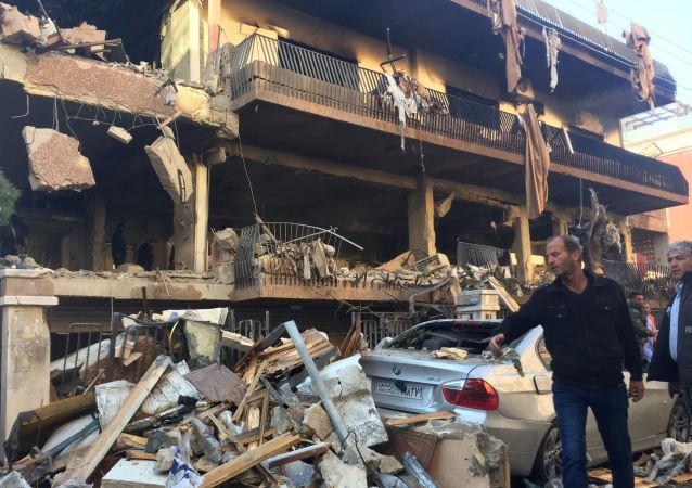 Un edificio destruido en Mezzeh, en el suroeste de Damasco