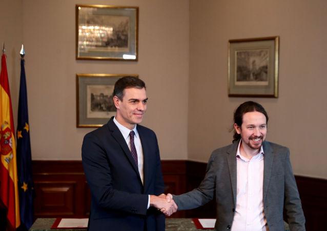 Pedro Sánchez, presidente del  de España en funciones, y Pablo Iglesias, líder de la coalición izquierdista Unidas Podemos