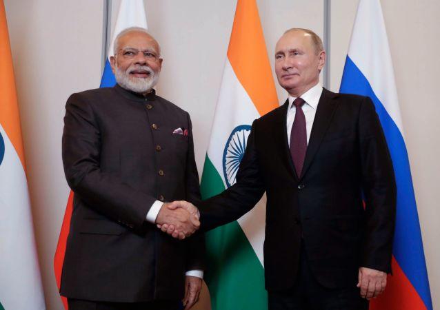 El presidente ruso, Vladímir Putin, yel primer ministro de la India, Narendra Modi