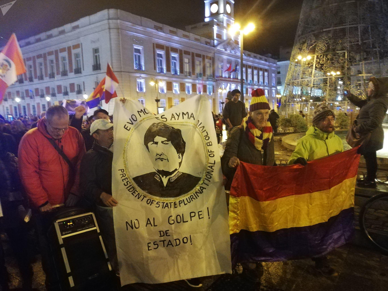 Manifestación en Madrid en apoyo a Evo Morales