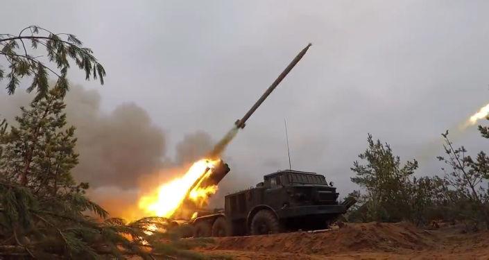 Las Tropas de Misiles y Artillería rusas ponen toda la carne en el asador en su gran día