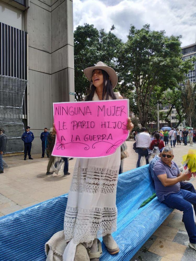 Manifestantes en Colombia contra las medidas arbitrarias del Gobierno de Iván Duque