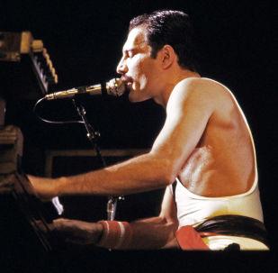 Freddie Mercury, cantante británico