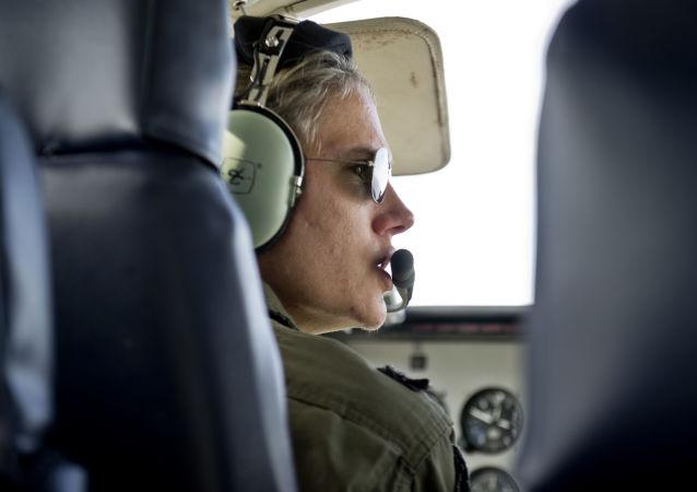La teniente coronel María Eugenia Etcheverry Othon, aviadora