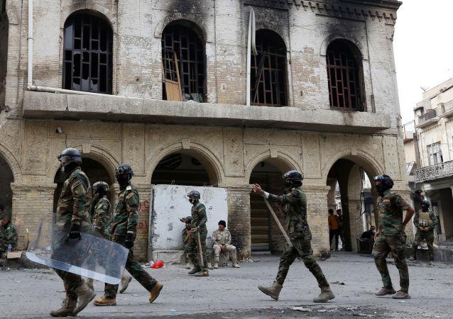 Fuerzas de Seguridad durante las protestas en Irak