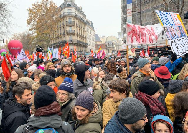 La huelga contra la reforma de las pensiones en París