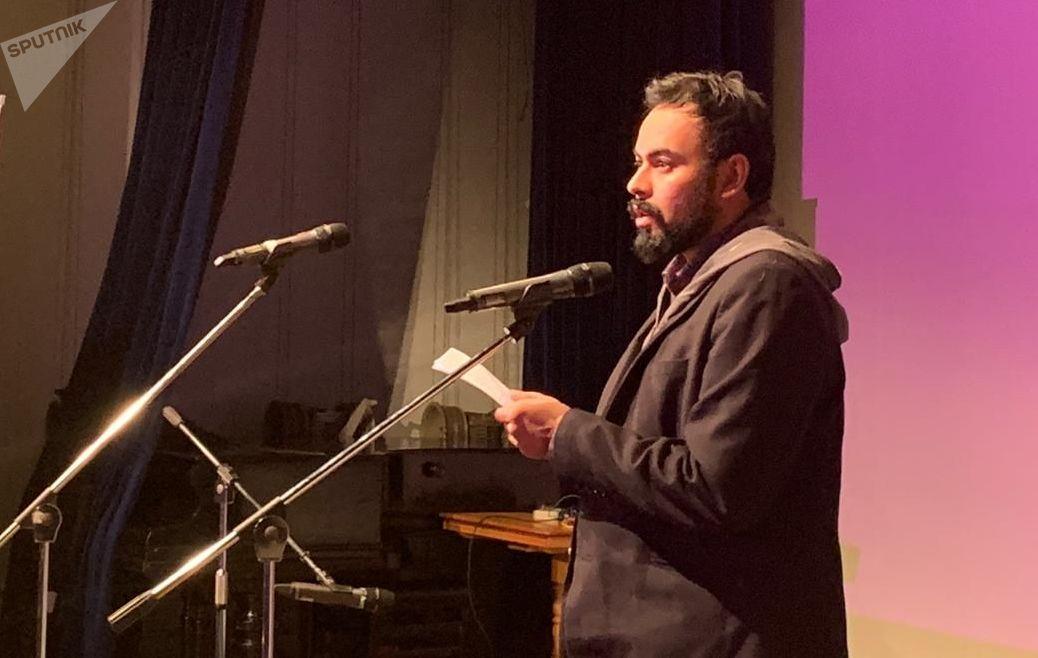 Alí Calderón en la XI edición del Festival internacional 'Bienal de Poesía en Moscú'