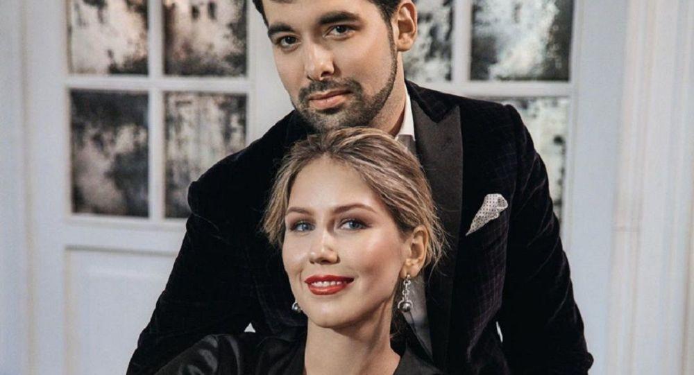 Michael Rockefeller y Olga Grishchenko