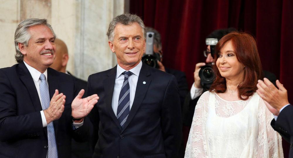 Con medidas apremiantes, presidente argentino inicia su gestión