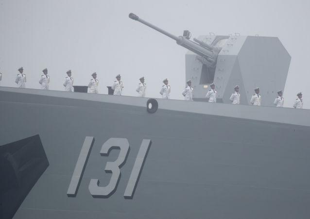 Destructor chino Tipo 052D (archivo)