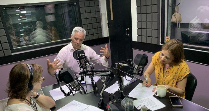 Alvaro Garcia Linera, Telma Luzzani y Mercedes López San Miguel