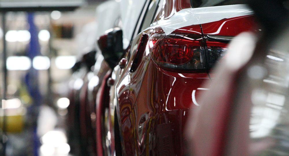 Automóviles Mazda (imagen referencial)
