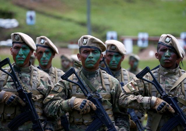 Militares bolivianos (archivo)