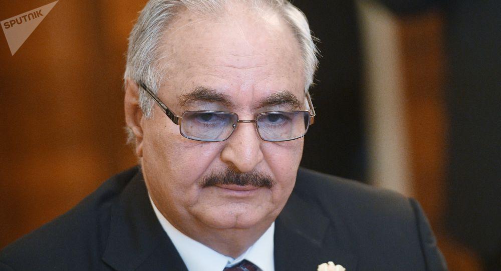 El comandante del Ejército Nacional de Libia, Jalifa Haftar