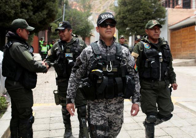 La Policía boliviana en las calles de La Paz