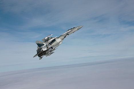 Nuevos ensayos del caza Su-35