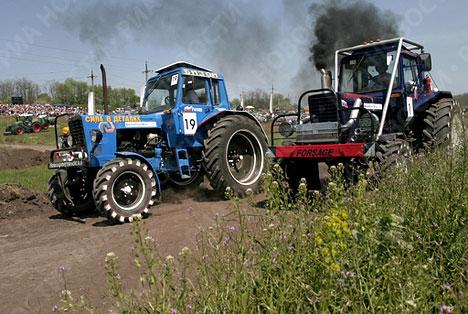 """Carrera en tractores """"Bizon Trek  Show 2009"""""""