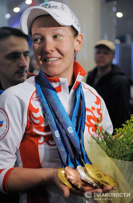 Atletas paralímpicos regresan a Rusia con triunfo