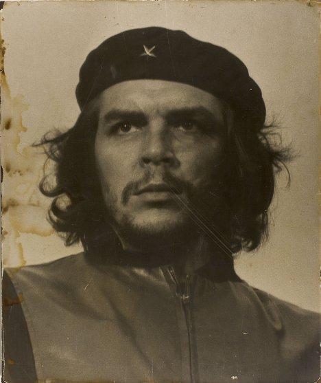 Героический партизан - портрет Че Гевары, сделанный Альберто Кордой в 1960 году