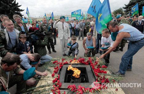 Празднование Дня Воздушно-десантных войск во Санкт-Петербурге