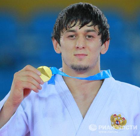 Абдул Омаров