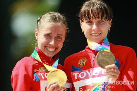 Ольга Каниськина и Анисия Кирдяпкина (слева направо)
